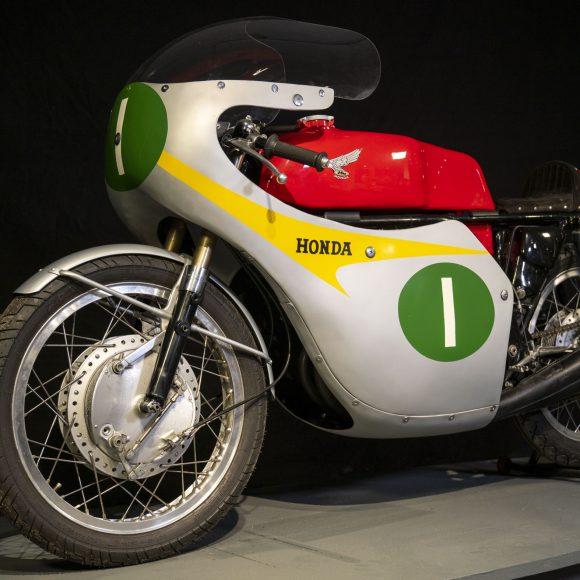 1959/1963 KRD 208