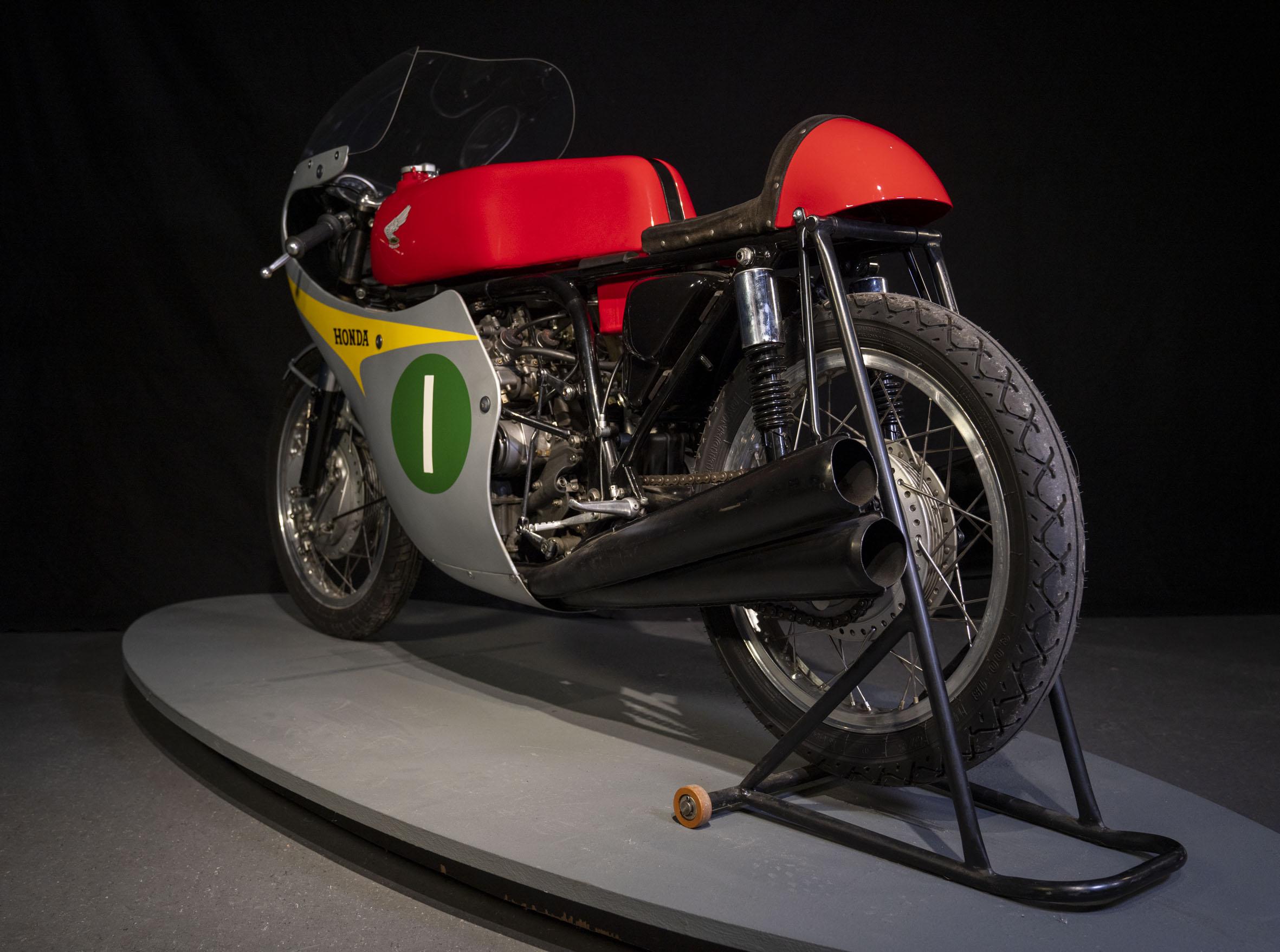 1964 HONDA RC 164-103
