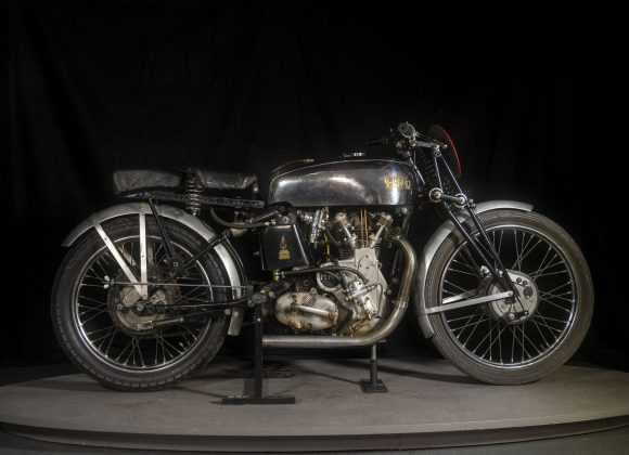 1938 Vincent HRD 500 TT Replica